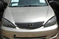Sell well kept 2003 Toyota Camry automatic at price ₦800,000