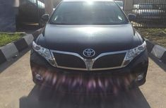 Extremely clean 2011 Toyota Venza for sale at price ₦6,700,000 in Lagos