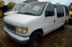 Need to sell used 2000 Ford E-150 at mileage 1 at cheap price