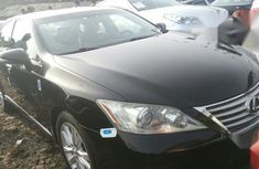 Sharp black 2010 Lexus ES sedan automatic for sale