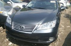 Selling 2010 Lexus ES sedan at mileage 65,055 in Lagos