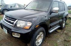 Need to sell high quality black 2005 Mitsubishi Montero suv automatic