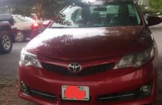 Need to sell used 2014 Toyota Camry in Ife at cheap price