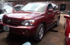 Toyota Highlander 2005 V6 Red for sale