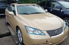 Need to sell cheap used 2010 Lexus ES at mileage 53