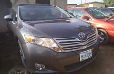 Toyota Venza 2010 V6 AWD Gray for sale