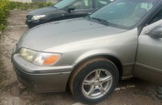 Sell well kept 2001 Toyota Camry sedan automatic at mileage 80,000