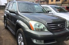 Need to sell cheap used green 2006 Toyota ES automatic