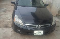 Well maintained black 2006 Honda Accord automatic for sale