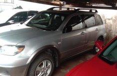 Sell well kept 2005 Mitsubishi Outlander suv  automatic at price ₦1,850,000