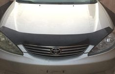Selling 2005 Toyota Camry automatic in Lagos