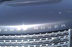 Sell very cheap clean black 2013 Rover Land in Lagos
