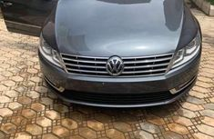 Sell well kept 2013 Volkswagen Passat sedan automatic