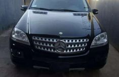 Clean black 2006 Mercedes-Benz ML car for sale at attractive price