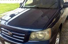 Sell used 2004 Toyota Highlander automatic in Benin City