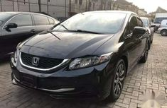 Need to sell high quality black 2010 Honda Civic automatic in Lagos