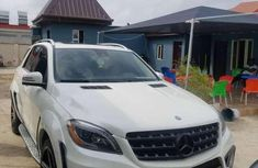 Sell used white 2015 Mercedes-Benz ML suv  automatic at cheap price