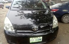 Toyota Vitz 2004 Black for sale