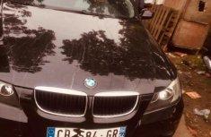 Best priced black 2005 BMW 320i sedan automatic in Lagos