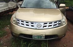 Neatly used 2005 Nissan Murano for sale in Ikeja