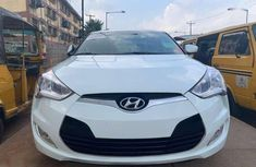 Need to sell high quality 2017 Hyundai Veloster sedan automatic at price ₦8,780,000