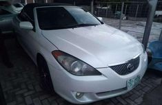 Selling 2005 Toyota Solara in good condition in Lagos