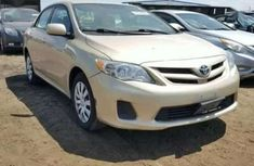 Need to sell cheap used 2010 Toyota Corolla in Lagos