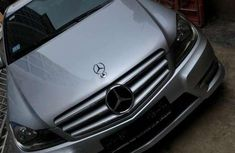 Need to sell used 2013 Mercedes-Benz 300 in Abuja at cheap price