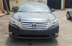 Toyota Avalon 2012 Gray for sale