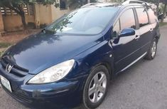 Used blue 2005 Peugeot 307 automatic for sale in Abuja