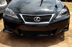 Sell well kept black 2006 Lexus IS automatic at price ₦3,400,000