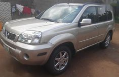 Nissan X-Trail 2005 Gold color for sale