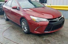 Need to sell cheap used 2017 Toyota Camry in Lagos
