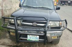 Selling 2000 Toyota 4-Runner in good condition at mileage 125,000