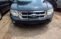 Authentic blue 2010 Ford Escape automatic in good condition