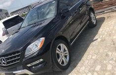 Clean used black 2015 Mercedes-Benz ML suv automatic for sale in Lagos