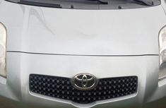 Toyota Yaris 2008 1.3 VVT-i Automatic Gray for sale