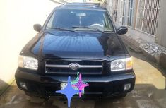 Selling 2004 Nissan Pathfinder suv automatic in Lagos
