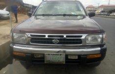 Nissan Pathfinder 1999 Brown for sale