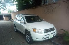 Sell high quality 2009 Toyota RAV4 automatic at mileage 160,000