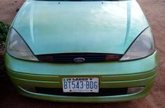 Sell cheap green 2002 Ford Focus hatchback automatic