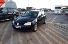 Well maintained 2004 Volkswagen Golf for sale in Abuja
