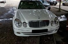 Mercedes-Benz E350 2007 White for sale