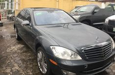 Sell well kept black 2009 Mercedes-Benz S-Class automatic