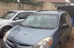 Used grey 2008 Toyota Sienna automatic for sale at price ₦2,250,000
