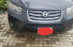 Hyundai Santa Fe 2.2 CRDi Automatic 2010 Gray color for sale
