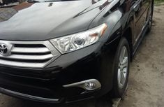 Toyota Highlander 2012 Automatic Petrol for sale