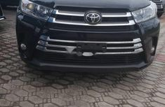 Used 2018 Toyota Highlander suv automatic for sale in Lagos