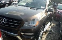 Sell well kept brown 2014 Mercedes-Benz ML350 suv automatic in Lagos