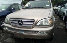 Need to sell brown 2004 Mercedes-Benz ML 320 at mileage 0 in Lagos
